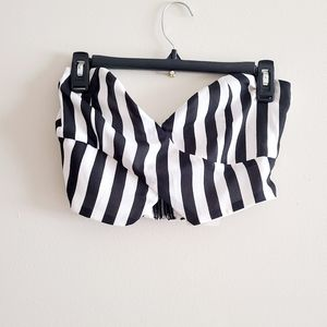 ☀️ 3/$15 Revamped Striped Tube Top M